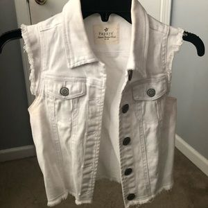 White cropped jean vest